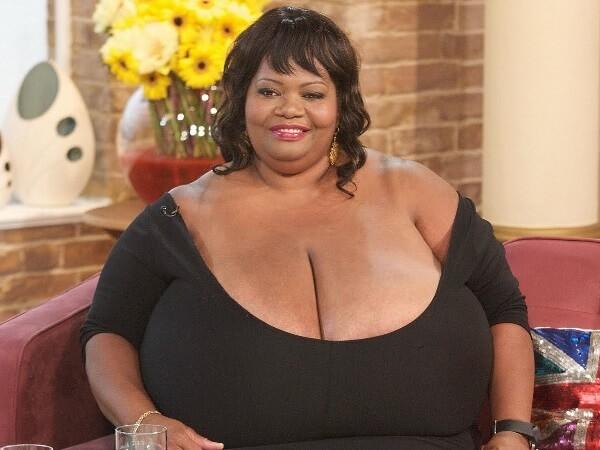 Naturliga stora bröst